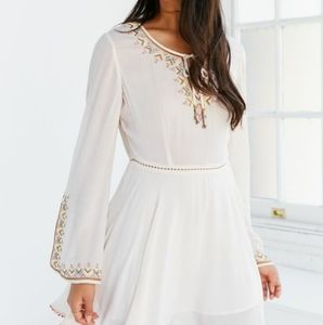 NWT Ecote Embroidered Bell-Sleeve Mini Dress